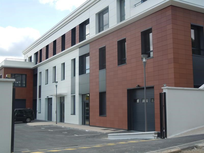 Vente local commercial Fourqueux 508 300€ HT - Photo 2