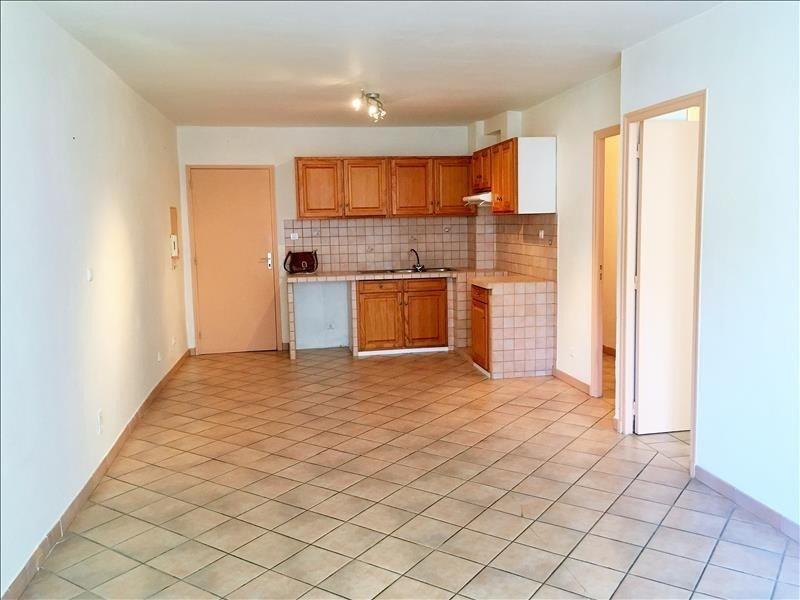 Location appartement Pelissanne 690€ CC - Photo 4
