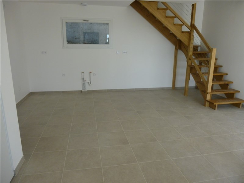 Rental house / villa Manosque 1150€ CC - Picture 2