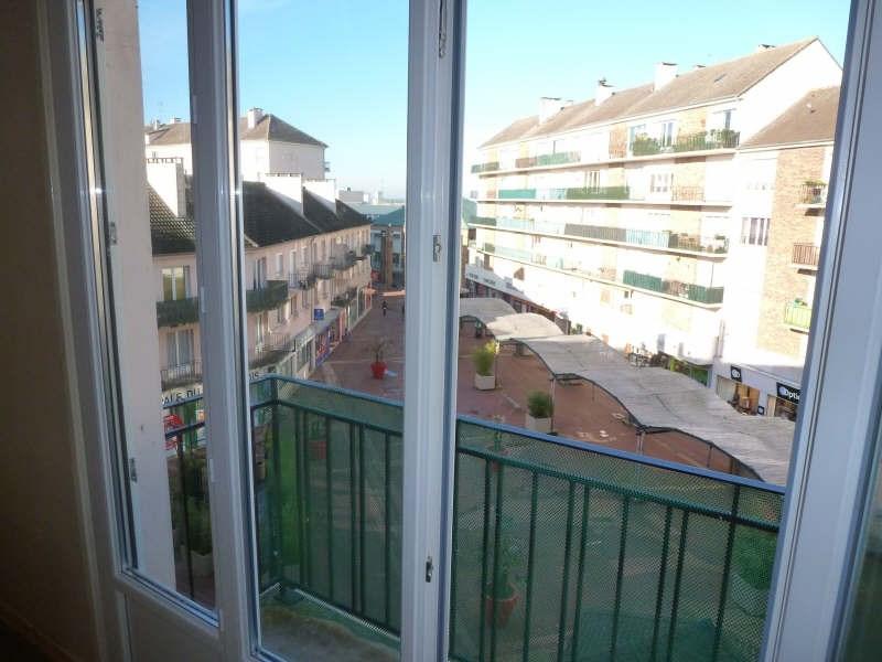 Rental apartment Maurepas 580€ CC - Picture 3