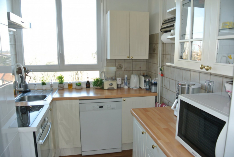 Sale apartment Le raincy 215 000€ - Picture 6
