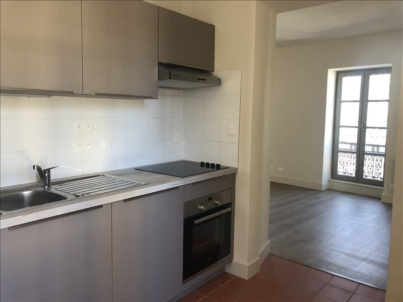 Location appartement Nimes 521€ CC - Photo 2