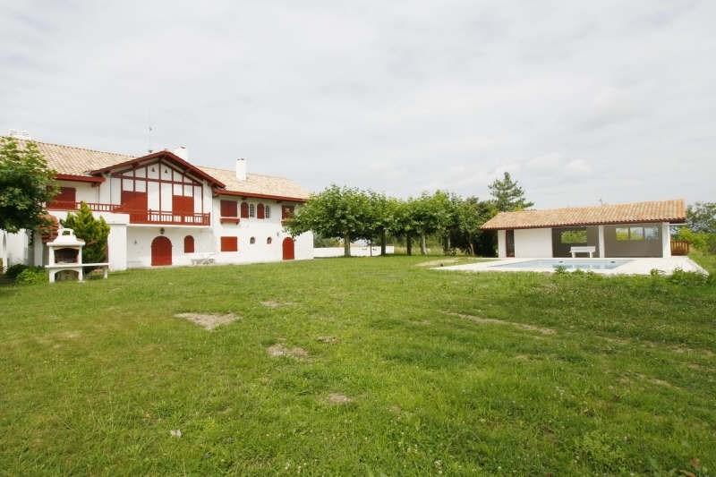 Deluxe sale house / villa Urrugne 1900000€ - Picture 1