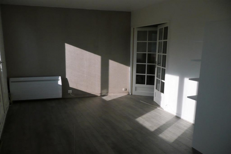 Sale apartment Rambouillet 148 000€ - Picture 3