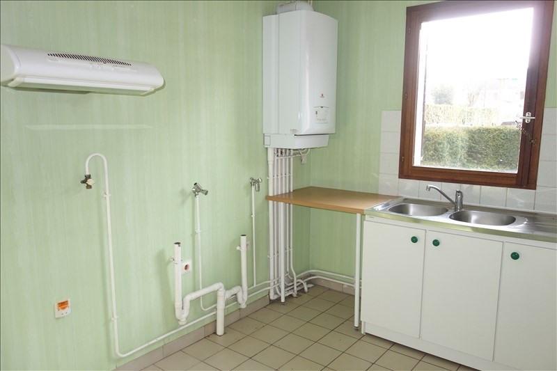 Rental house / villa Guyancourt 1350€ CC - Picture 4