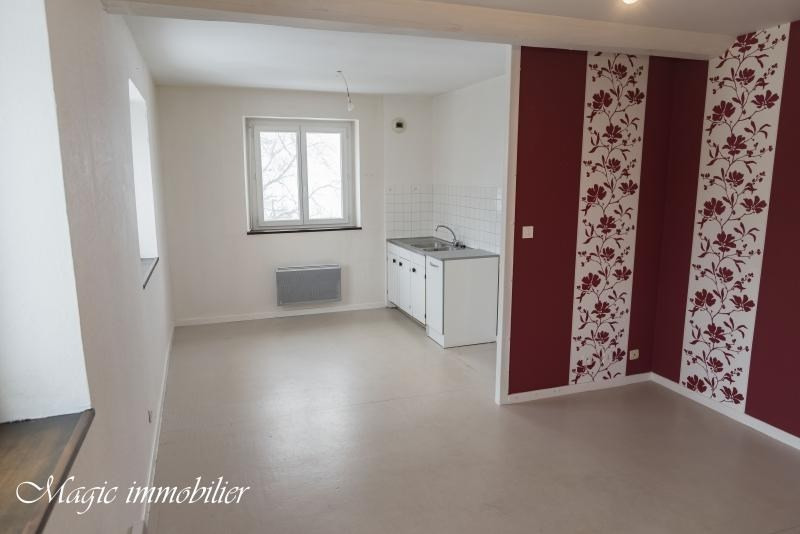 Location appartement Apremont 344€ CC - Photo 2
