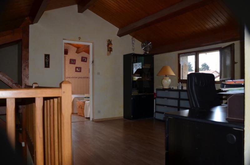 Vente maison / villa St laurent de mure 362000€ - Photo 9