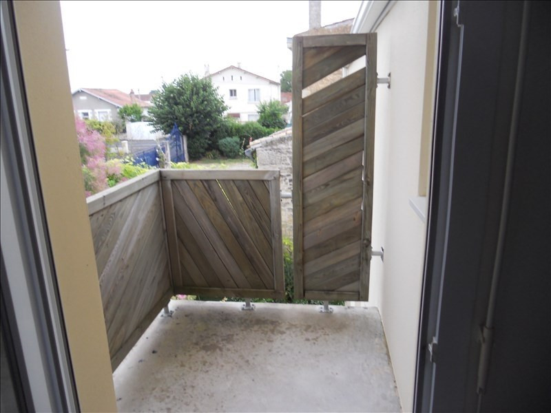 Location appartement Niort 343€ CC - Photo 3