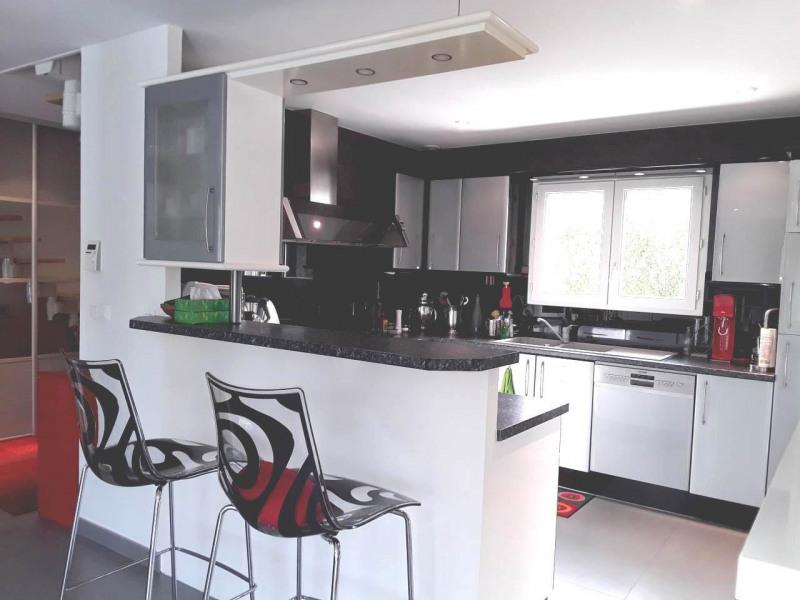 Deluxe sale house / villa Gaillard 714000€ - Picture 4