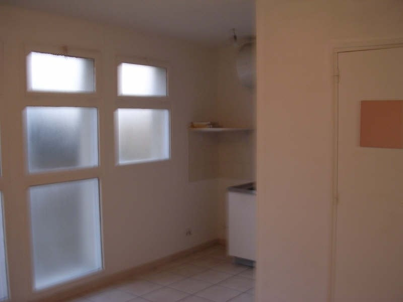 Rental apartment Epernon 339€ CC - Picture 3