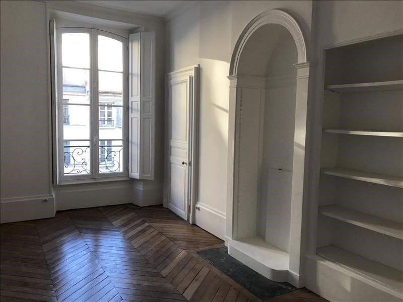 Rental apartment Versailles 3450€ CC - Picture 2