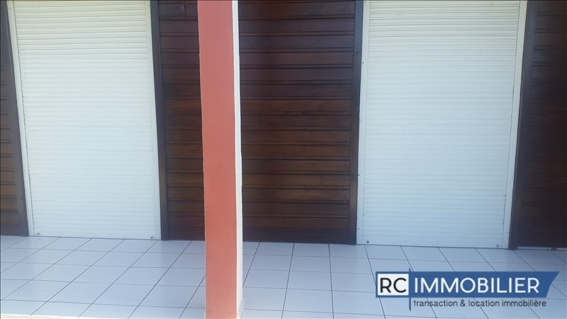 Location appartement St benoit 760€ +CH - Photo 5