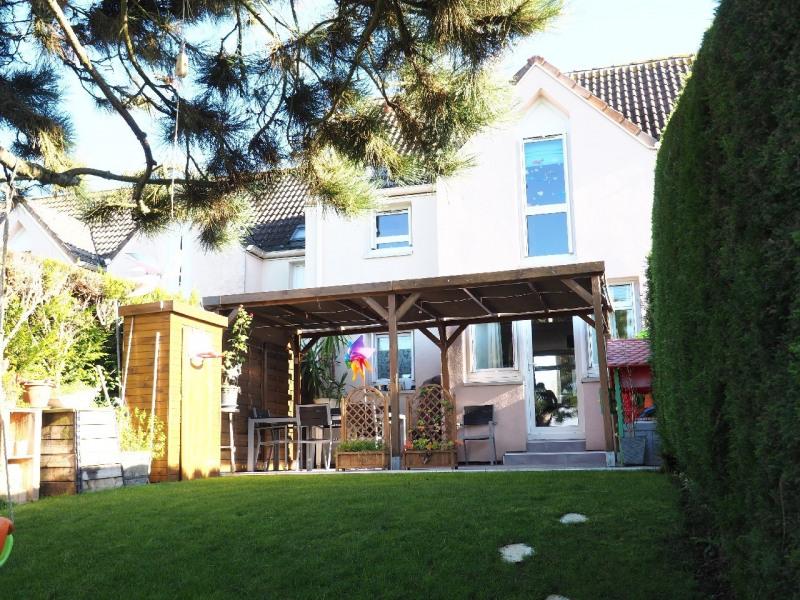Sale house / villa Le mee sur seine 214000€ - Picture 1