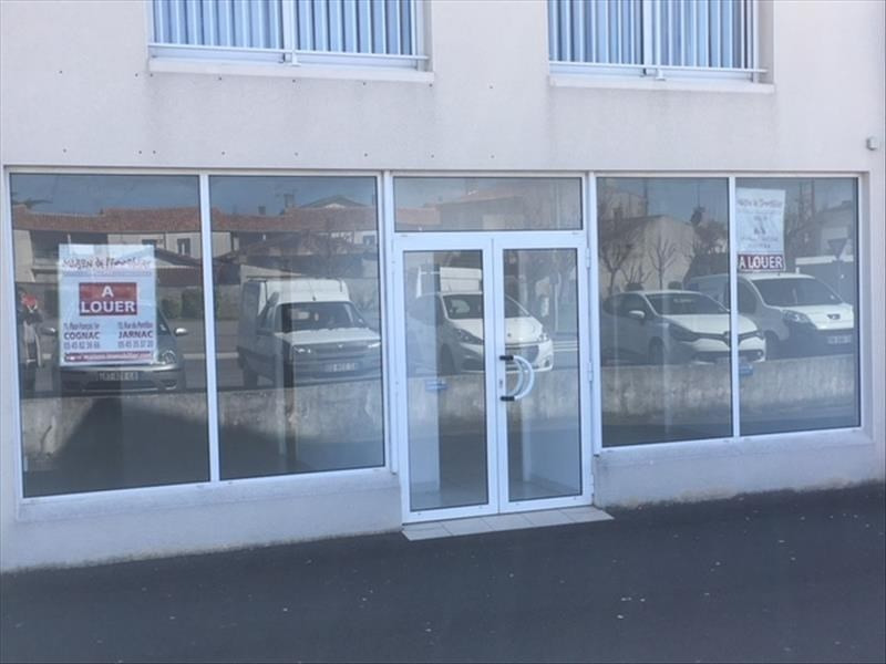 Location local commercial Chateaubernard 700€ HT/HC - Photo 1