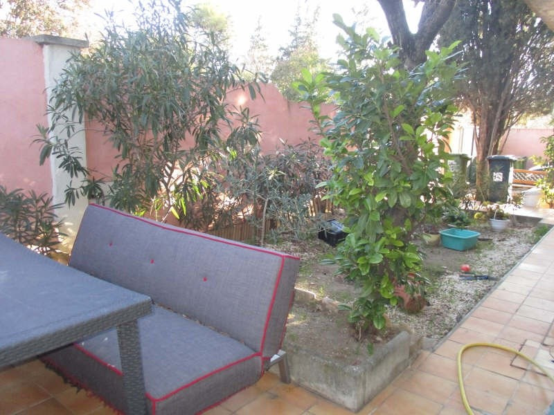 Sale apartment Nimes 142 000€ - Picture 3