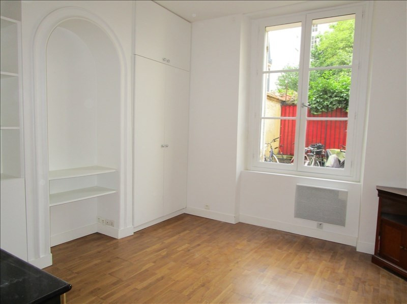 Sale apartment Versailles 370 000€ - Picture 4