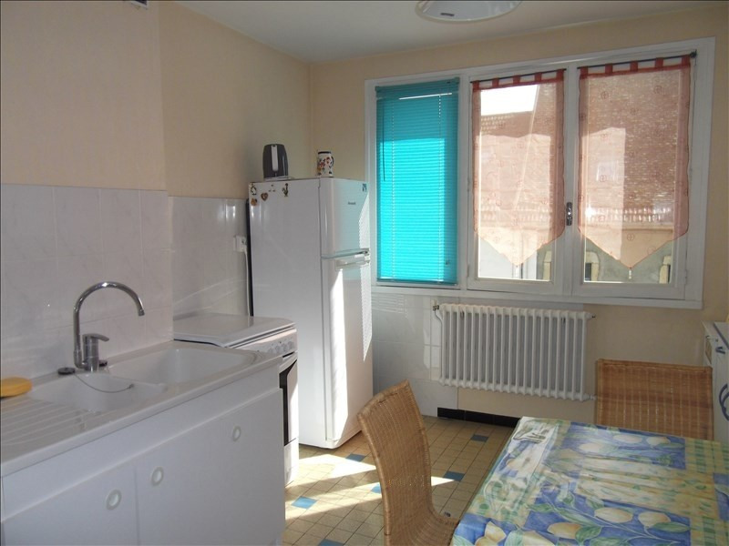 Location appartement Yenne 490€ CC - Photo 2