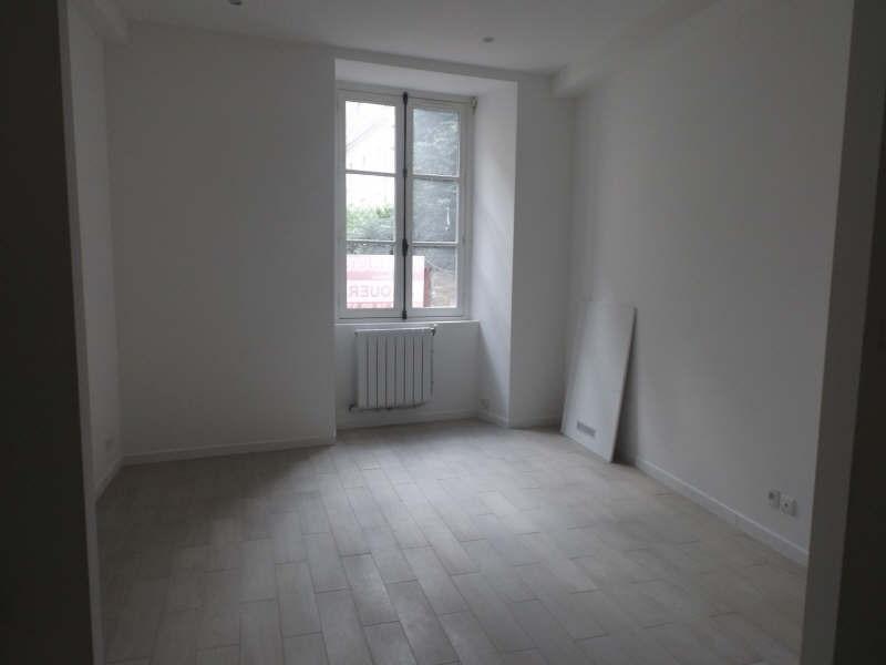 Rental apartment Senlis 561€ CC - Picture 1