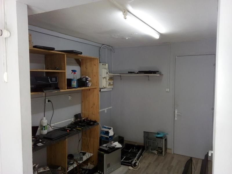 Location boutique St pierre 800€ HT/HC - Photo 3