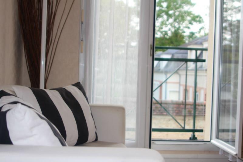 Location appartement Fontainebleau 987€ CC - Photo 7