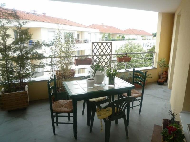 Sale apartment Meyzieu 236000€ - Picture 3