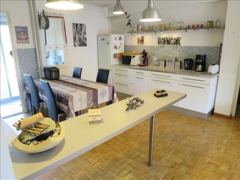 Sale apartment Aix en provence 287000€ - Picture 2