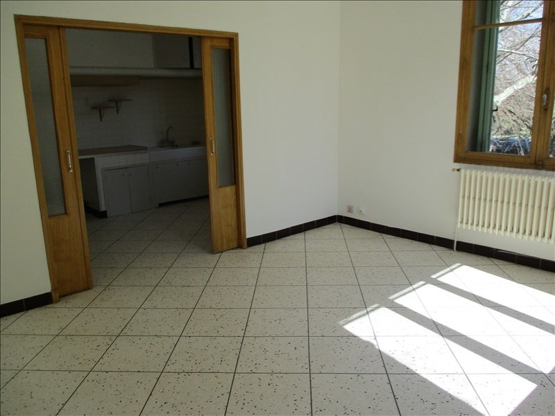 Location appartement Salon de provence 865€ CC - Photo 4