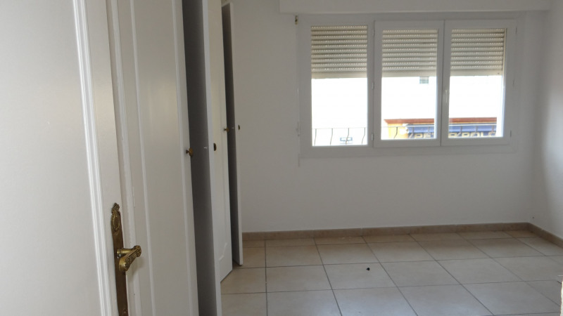 Rental apartment Cavalaire sur mer 1000€ CC - Picture 6