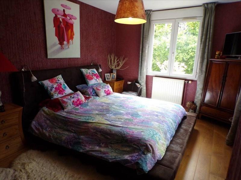 Location maison / villa Montigny le bretonneux 2450€ CC - Photo 8