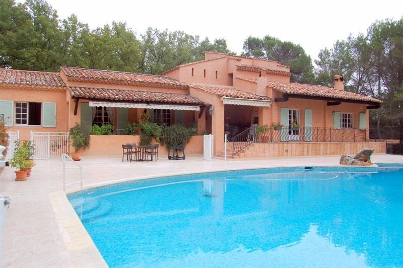 Deluxe sale house / villa Bagnols en forêt 595000€ - Picture 2