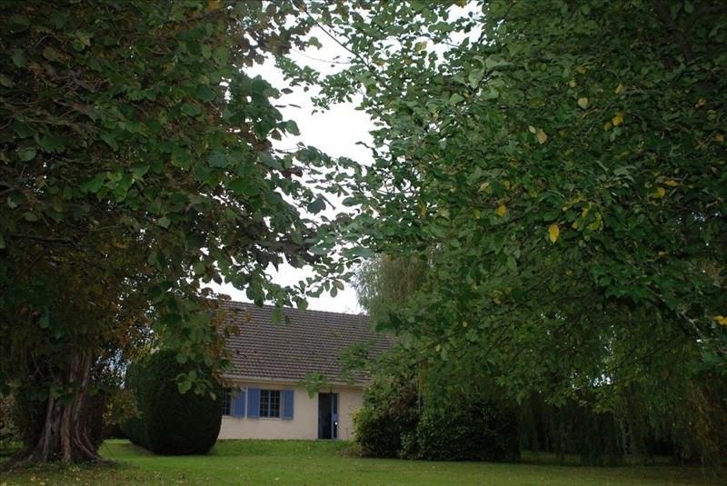Sale house / villa Montfort l amaury 430000€ - Picture 3