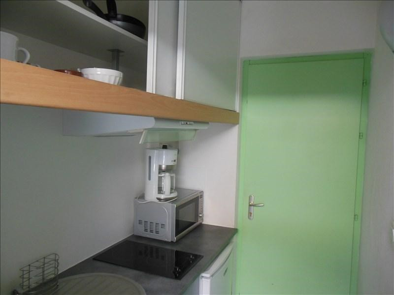Rental apartment Aytre 330€ CC - Picture 3