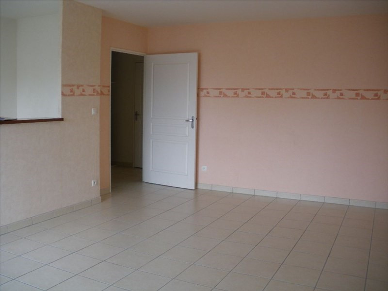Location appartement Orvault 711€ CC - Photo 2