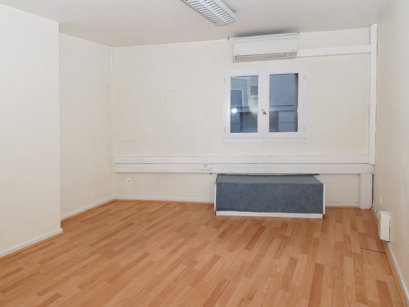 Location local commercial Agen 1746€ +CH - Photo 4