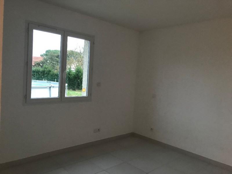Location maison / villa Mondonville 1015€ CC - Photo 6