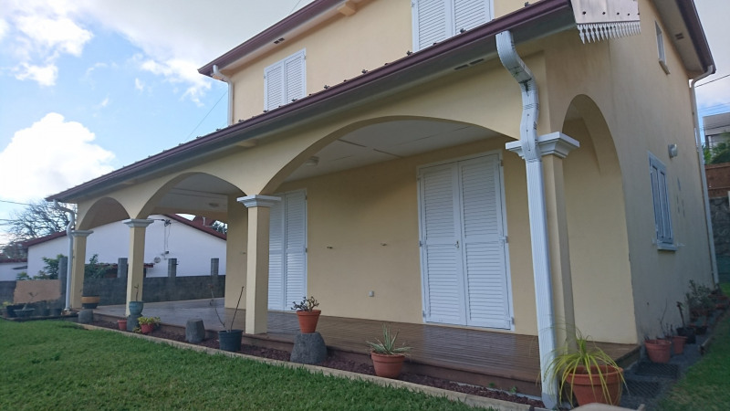 Rental house / villa Sainte-marie 1 300€cc - Picture 3