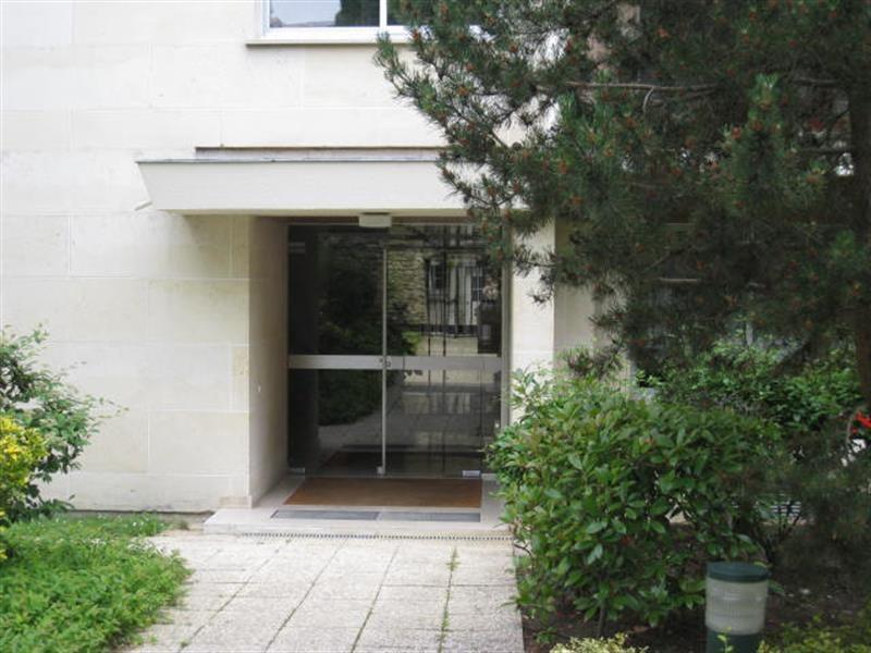 Location appartement Louveciennes 720€ CC - Photo 1