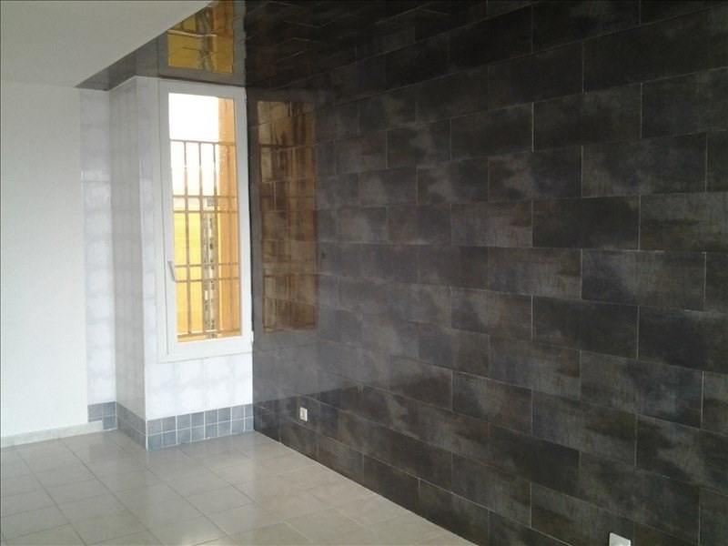 Sale apartment Pointe a pitre 85000€ - Picture 2