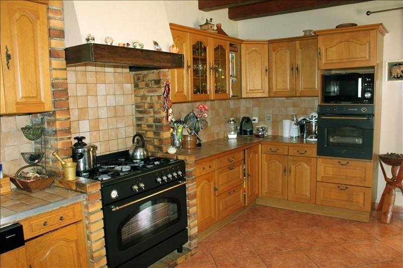 Sale house / villa Soubes 370000€ - Picture 5