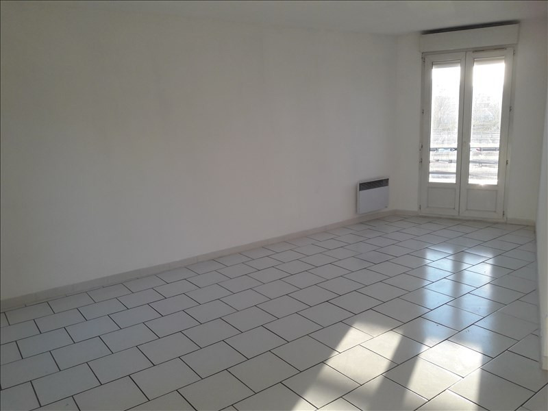 Location appartement Marseille 10ème 591€ CC - Photo 7