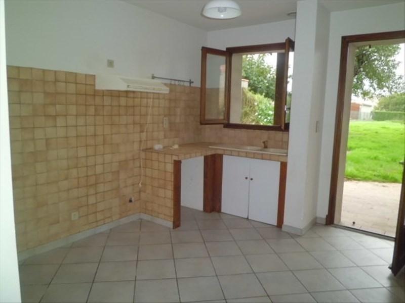 Rental house / villa Mas grenier 539€ CC - Picture 2
