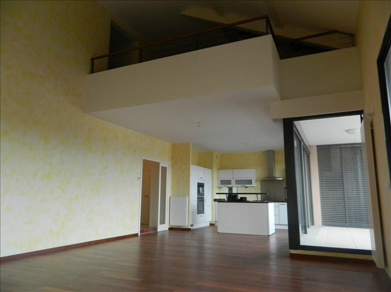 Deluxe sale apartment Le coteau 525000€ - Picture 3