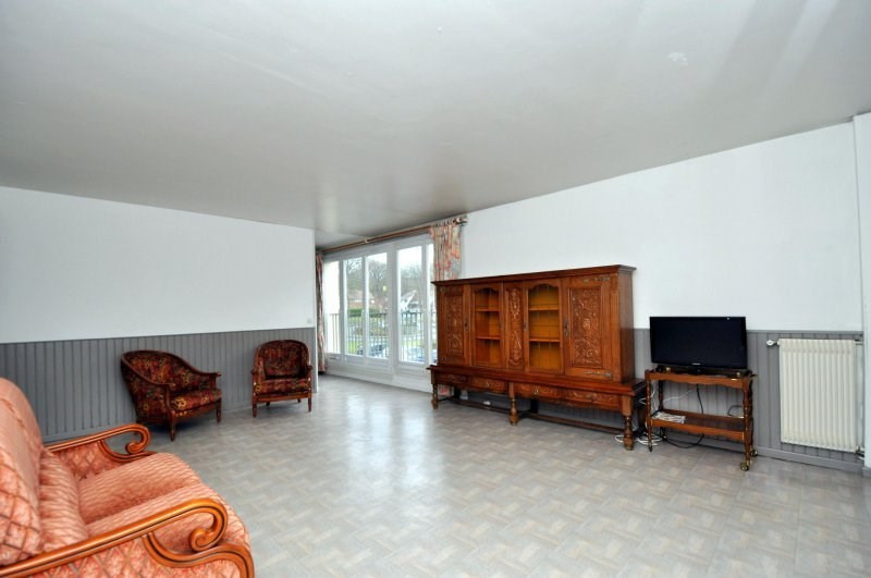 Sale apartment Bruyeres le chatel 159 000€ - Picture 1