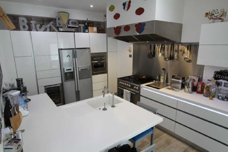 Deluxe sale house / villa Rueil malmaison 1250000€ - Picture 3