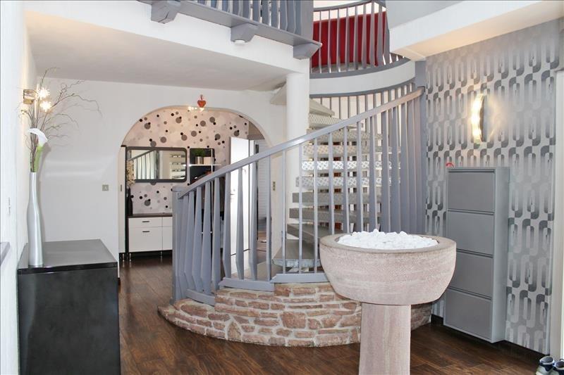 Deluxe sale house / villa St blaise la roche 245000€ - Picture 2