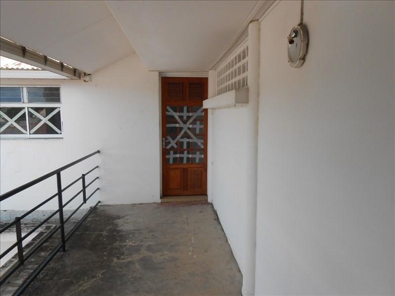 Alquiler  oficinas Basse terre 700€ HT/HC - Fotografía 1