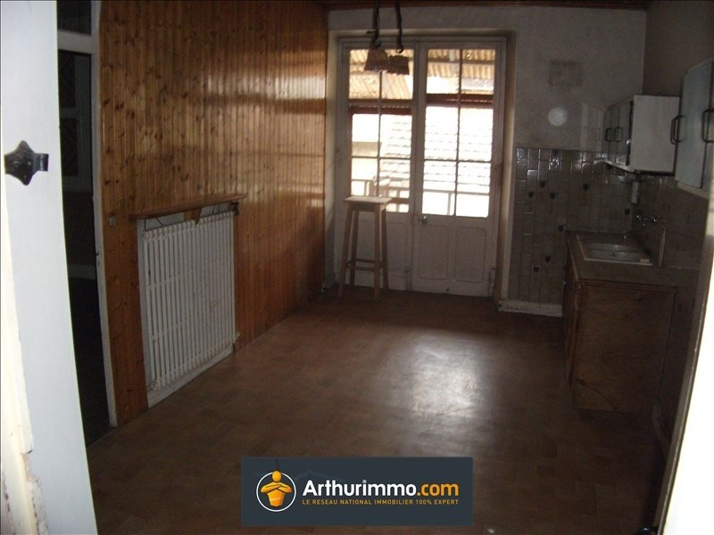 Sale house / villa Belley 121000€ - Picture 4