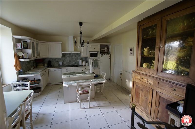Sale house / villa Montcaret 372000€ - Picture 5