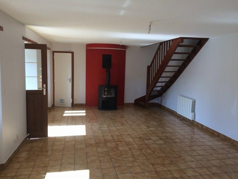 Location maison / villa Ouville 560€ CC - Photo 3