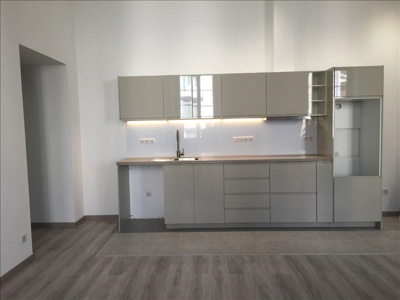 Location appartement Ile-rousse 950€ CC - Photo 1